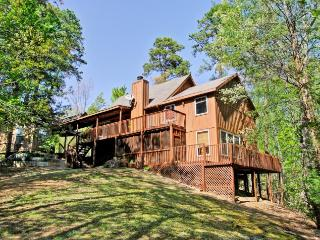 THE TREEHOUSE LODGE - Sevierville vacation rentals
