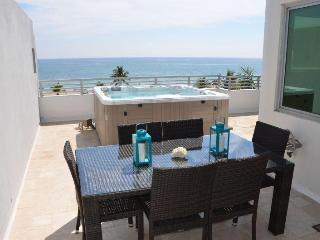 Villa Oceana Stunning Direct Ocean Views! New 3br/3.5ba Villa! - Pompano Beach vacation rentals
