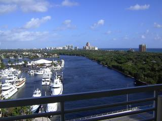 Gallery ONE resort -  Oceanview 1brm  - walk to Beach / Bars / Restaurants / Shops / water taxi at hotel - Fort Lauderdale vacation rentals