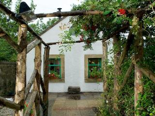 Green Cottage - an oasis in the city - Edinburgh vacation rentals