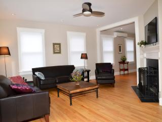 Stunning Contemporary Near Town-FULLY RENOVATED! - Edgartown vacation rentals