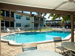 Island Love Nest - Holmes Beach vacation rentals