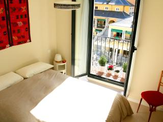 Central & Cute APT., 1BD with balcony, WIFI - Madrid vacation rentals