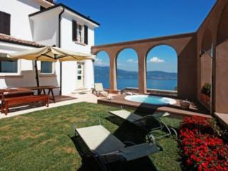 Villa Marini – Gaino – Garda lake - Amalfi Coast vacation rentals
