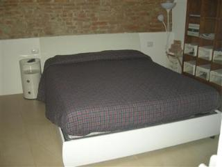 Stilnuovo Apartment - Siena vacation rentals