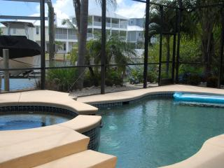 Casa Roxanna - Fort Myers Beach vacation rentals