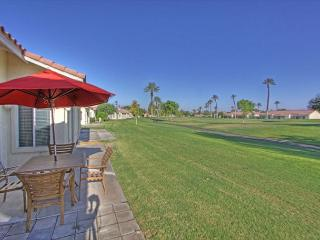 Highly Upgraded 2 Bedroom on the Golf Course - La Quinta vacation rentals