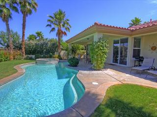 Amazing Mountain & Golf Course View from your Vacation Retreat Home - La Quinta vacation rentals