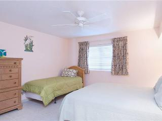 SILVER SANDS CONDOS-UNIT#23-Fun and Comfort - Seven Mile Beach vacation rentals