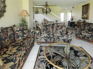 SILVER SANDS CONDOS-UNIT 33 - Seven Mile Beach vacation rentals