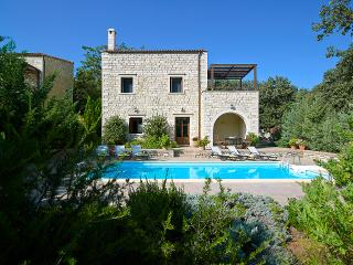 Vederi Estate (villa Alkioni) - Gerani vacation rentals