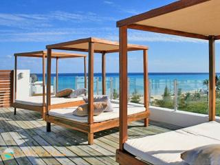 Z5 the beach - Rooftop Pool - 5min walk to 5th Ave - Playa del Carmen vacation rentals