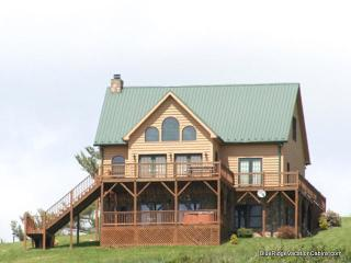 30% OFF SUMMER*Walk to River*Hot Tub*PoolTable - Blue Ridge Mountains vacation rentals