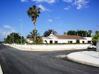 Big seafront ground floor house - Amposta vacation rentals