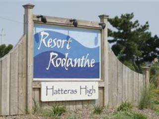 Cozy 2 Bedroom Condo in Rodanthe! Great Views! Resort Pool! R6 - Hatteras Island vacation rentals