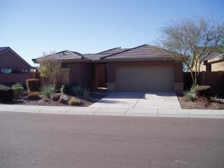 Gated golf course home with detached casita - Anthem vacation rentals
