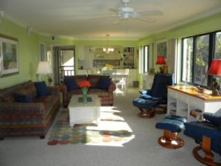 Sandpiper Beach #101 Sat to Sat Rental - Sanibel Island vacation rentals