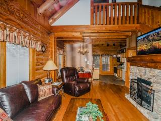 Golfview Resort - 735A Smokies Den - Pigeon Forge vacation rentals