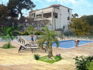 Apartment no3 Villa Dvori Viskovi - Podstrana vacation rentals