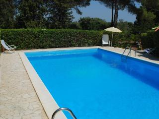 Avola Antica Holiday Apartment with tennis field. - Siena vacation rentals