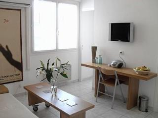 Central Cannes One Bed Apartment - Light & Airy - Cannes vacation rentals
