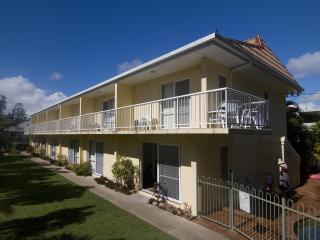 Bayshores Holiday Apartments - Fraser Coast vacation rentals