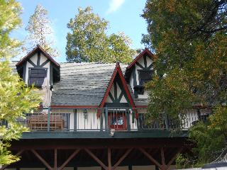 Himmel Haus, Our home in the sky! - Lake Arrowhead vacation rentals