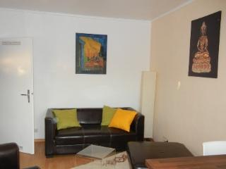 Vacation Apartment in Düsseldorf - 538 sqft, cosy, comfortable, central (# 3689) - North Rhine-Westphalia vacation rentals