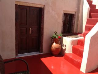 Traditional house near Fira .. - Santorini vacation rentals