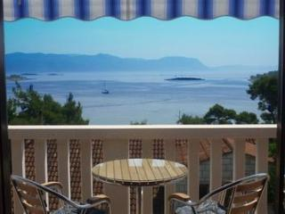 Apartments Koludrt (1) - Lumbarda vacation rentals