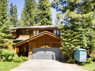 Park Avenue Tahoe Lodge - North Tahoe vacation rentals