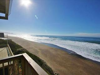 Neptune Beach Oceanfront Vacation Rental - Gleneden Beach vacation rentals