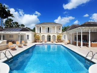 Barbados Villa 24 Views Of Sandy Lane Estate And The Caribbean Sea. - Terres Basses vacation rentals