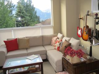 3 Bdrm Mountain View Home - Squamish near Whistler - Squamish vacation rentals