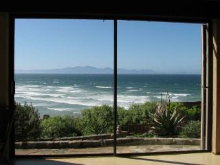 Seaview Cottage - closed in 2014 for renovations! - Muizenberg vacation rentals