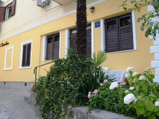 Comfortable apartment for 4 in Opatija - Opatija vacation rentals