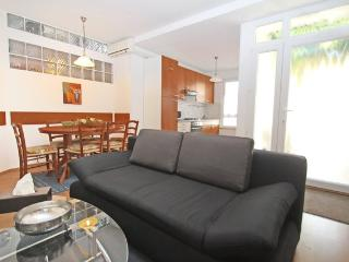NIce apartment in the downrown, near the sea - Izola vacation rentals