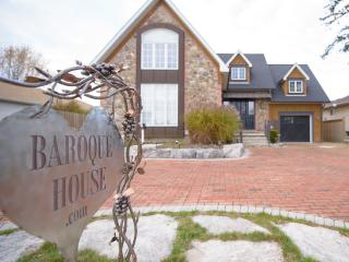 The Baroque House - Niagara on the Lake - Niagara Falls vacation rentals