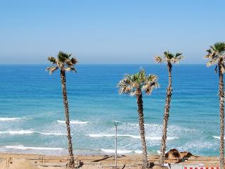 Studio with sea view - Bat Yam vacation rentals
