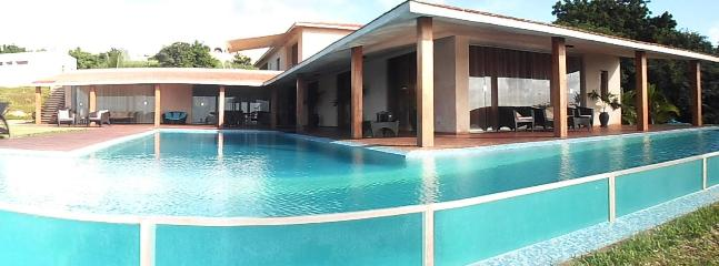 Panoramic view to house - Golf + Beach - Affordable Luxury - Matondoni - rentals