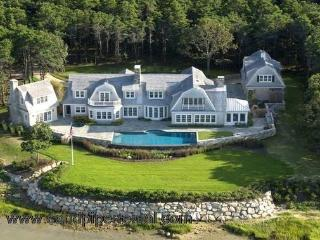 #7754 10,000 square foot property sits upon a bluff - Gay Head vacation rentals