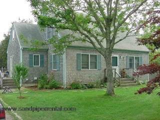 #7759  3 bedroom home with saltwater pool, hot tub, deck - Weston vacation rentals