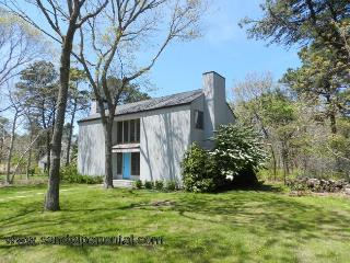 #7773 Nestled in the Island Grove area & ready to entertain! - Weston vacation rentals