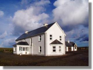 Stunning views onto Loophead Peninsula and Shannon - Kilrush vacation rentals