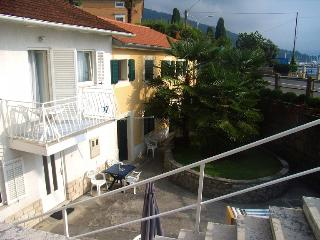 Villa in Icici for 5 by the beach - Opatija vacation rentals