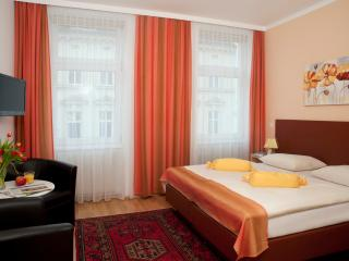 Comfortable small flat Ap6 - Vienna vacation rentals