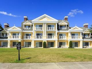 Seven Eagles View - 1 Bed, Amazing location, Amazing Views - Reunion vacation rentals