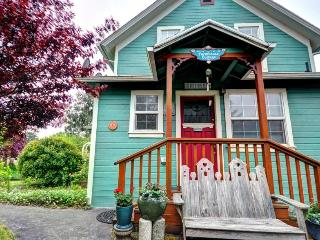 Farmhouse Cottage - 1 Bedroom - Eugene vacation rentals