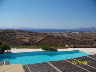A Beautiful House with Pool in famous Mykonos - Athens vacation rentals