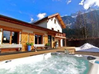 Room 7 & 8 Mont Blanc Spa Chalet - interconnecting twin rooms - Haute-Savoie vacation rentals